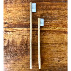Bambus Zahnbürsten – Familienpackung 4-er Set